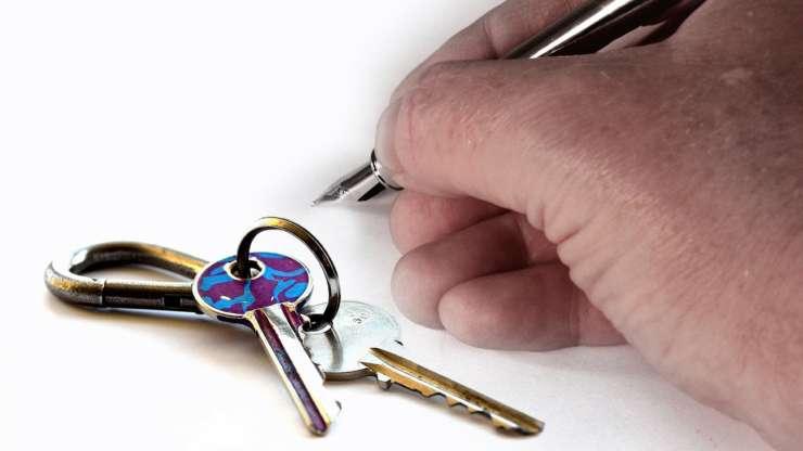 Comunicar cambio de residencia y empadronamiento